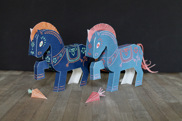 2014 Year of the Horse (Papertoy freebie) faltmanufaktur