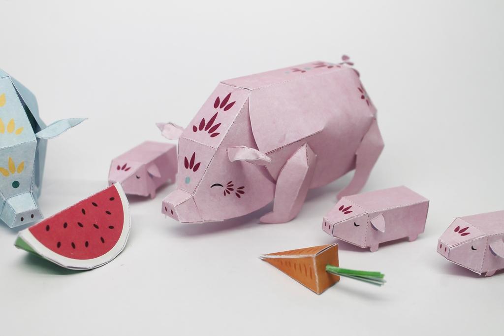 PigsPapertoy201926